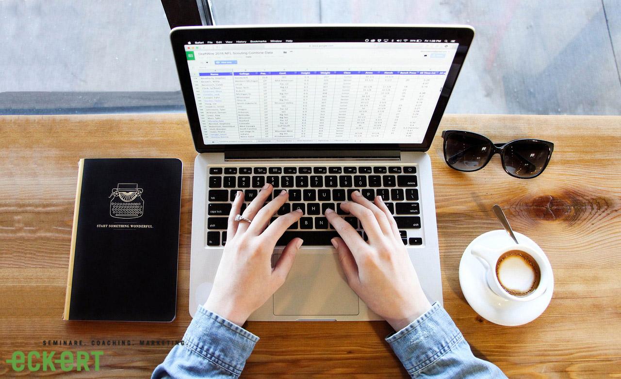 Wie ein Chefhandbuch Ihnen helfen kann, ein besserer Chef zu werden
