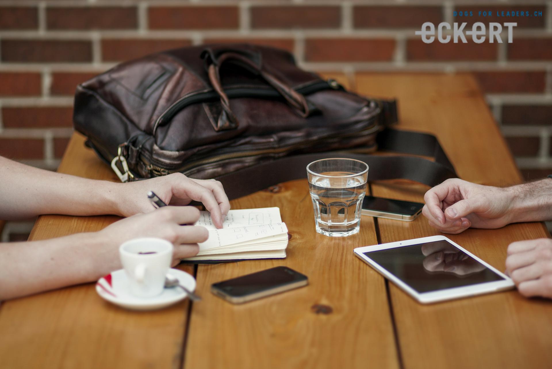 Gesprächseinstieg mit unbekannten Personen
