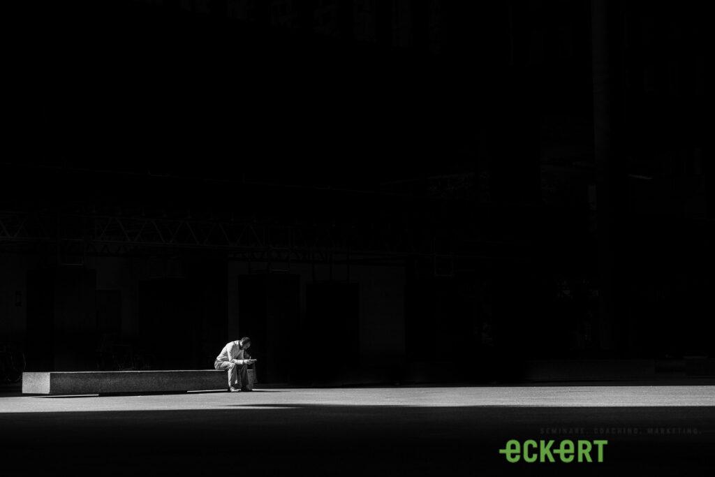 Eckert-Seminare, eckert-seminare, eckert, online-seminare, Eckert AG, Eckert CH, Webinare, Onlinecoaching, Führung, Team, Seminare, Coaching, Marketing, Verkauf, Basel, Muttenz, Rheinfelden, Führung kundk, Marketing kundk, Verkauf kundk, Führung kurz und knapp, Verkauf kurz und knapp, Marketing kurz und knapp, Teamcoaching, Teambildung, Teamentwicklung, Marketingstrategie, Verkaufsplanung, Verkausstrategie, Selbstmanagement, Arbeitstechnik, Verkaufsführung, Einzelcoaching, Führungscoaching, Verkaufscoaching, Schulung, Weiterbildung, Changemanagement, Veränderungsprozess, Konfliktbewältigung, Kommunikation, Kommunikationsseminar-online, Auftrittskompetenz, Präsentationstechnik, Lösungen, Kreativität, Kreativitätstechniken, dogs4leaders, dogs for leaders, akmp, akfp, pum, Pflege und mehr, bleiben Sie frisch, bleibensiefrisch, für mehr Erfolg
