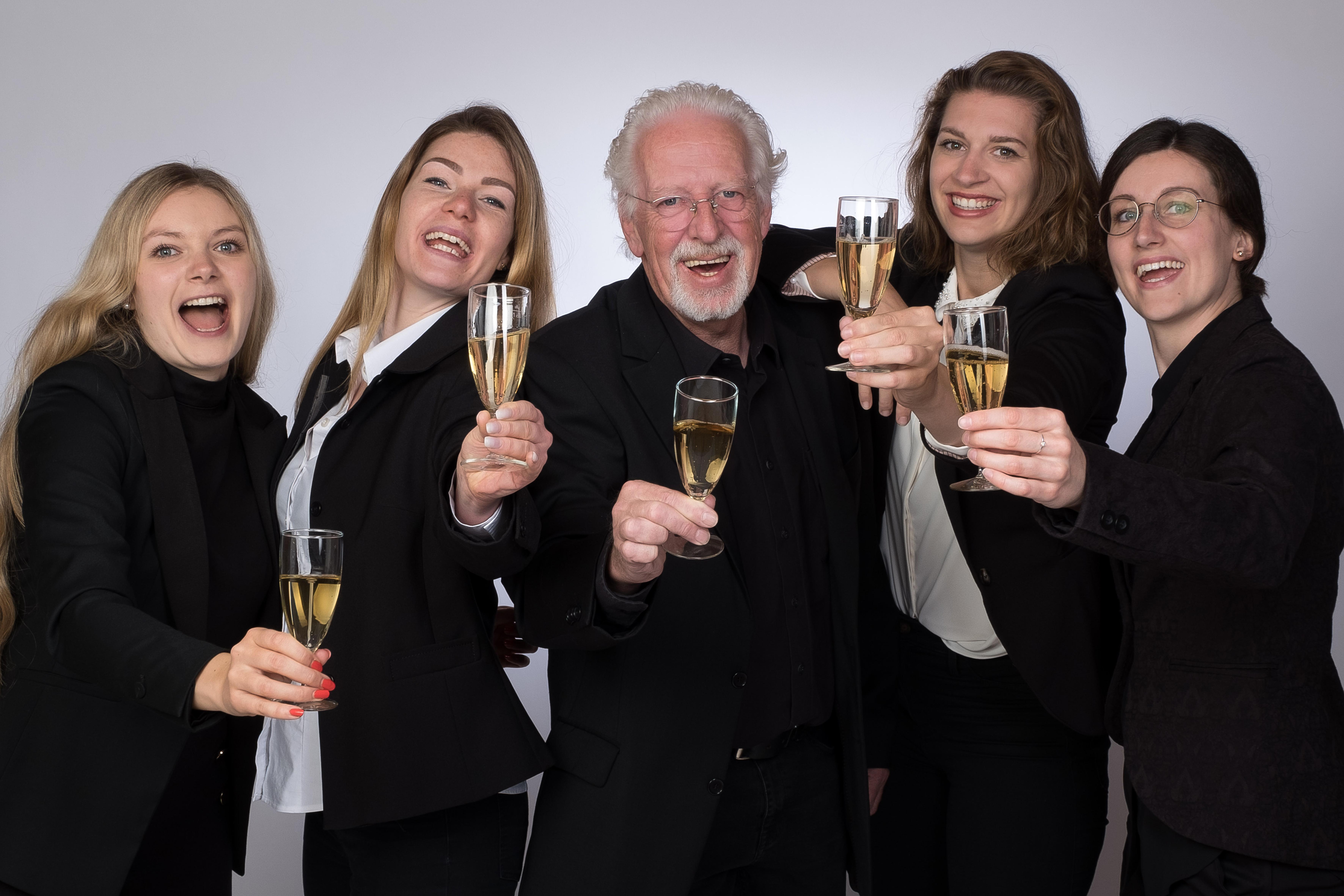 Ein frohes neues Jahr 2010 wünscht eckert Seminare!